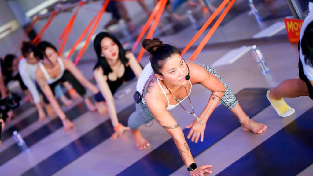 Space yoga class in China